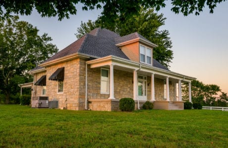 Photo of Historic Shelbyville TN Home 1146 Hwy 64 West